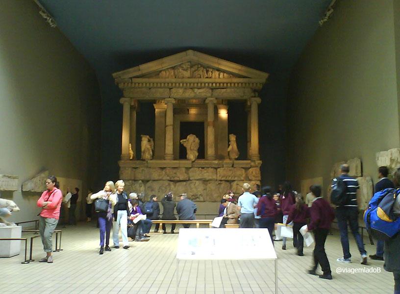 british-museum-mausoleu