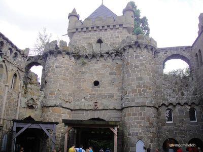kassel-lions-castle-lowenburg-1