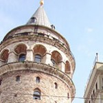 Torre e Ponte Galata em Istambul na Turquia