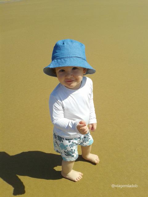 Dicas de viagem com bebê - Camiseta com proteção UV