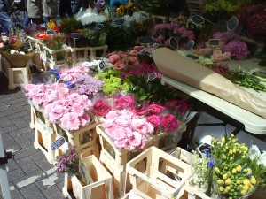 flores broadway market