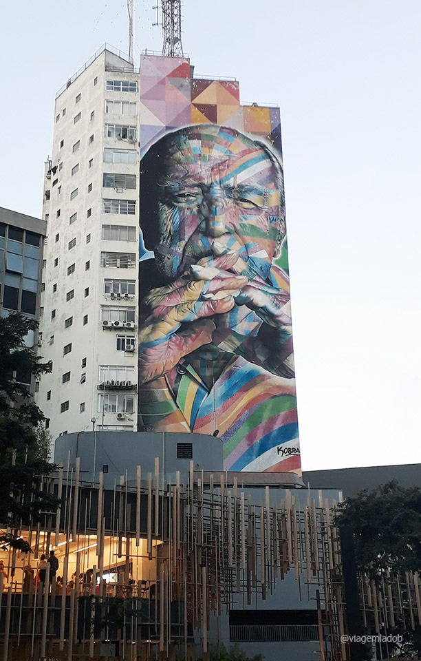 Grafite Oscar Niemeyer - SP - Kobra