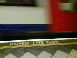 Metrô de Londres - Mind the Gap